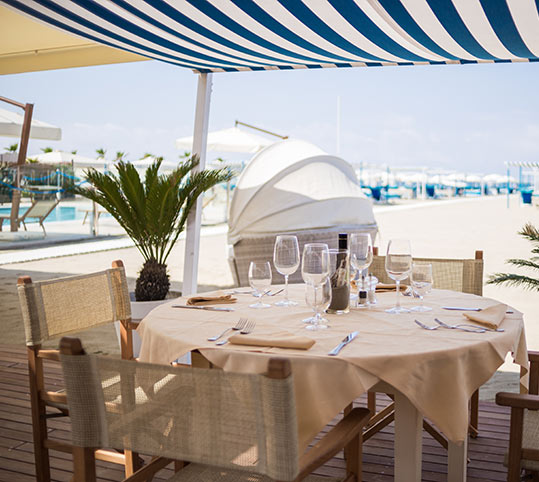 ristorante_piscina
